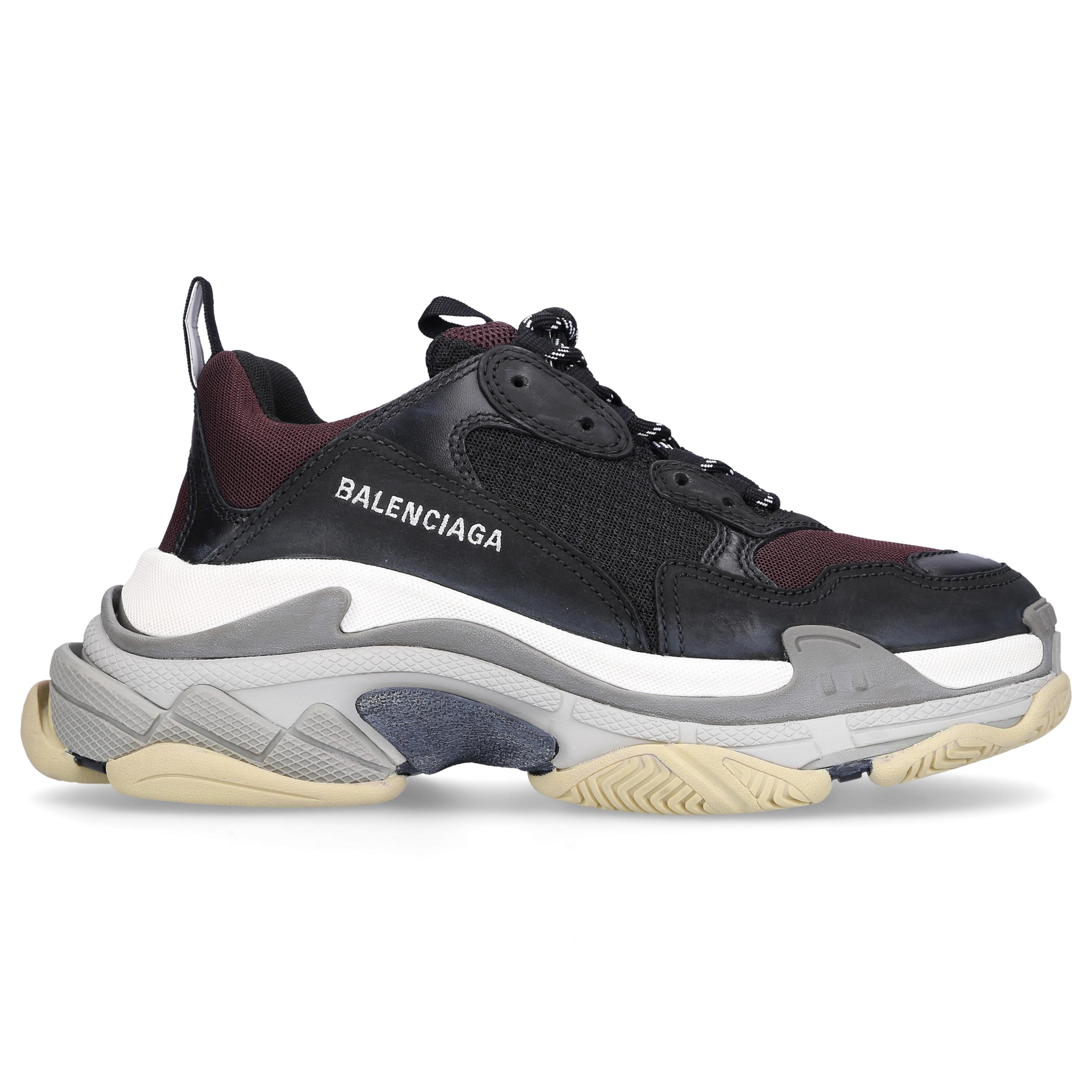 Balenciaga Sneaker Sneaker low TRIPLE S Kalbsleder Lammleder Polyester Logo bordeaux schwarz