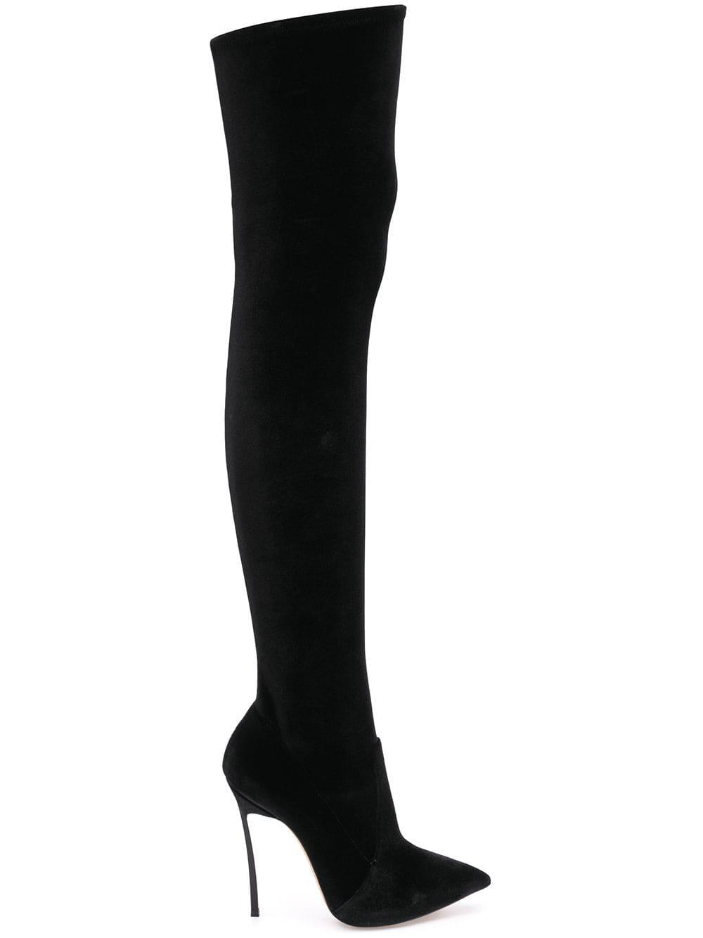 Casadei Overknee-Stiefel mit spitzer Kappe - Schwarz