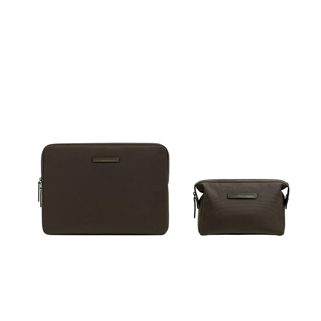 "HORIZN STUDIOS Kōenji Laptop Case 13"" & Washbag (Dark Olive)"