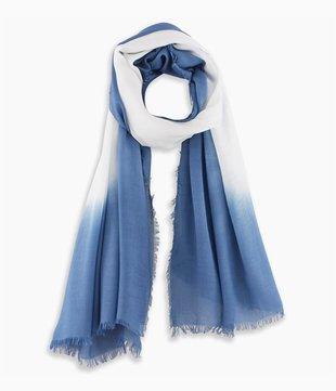Schal im Batik-Look