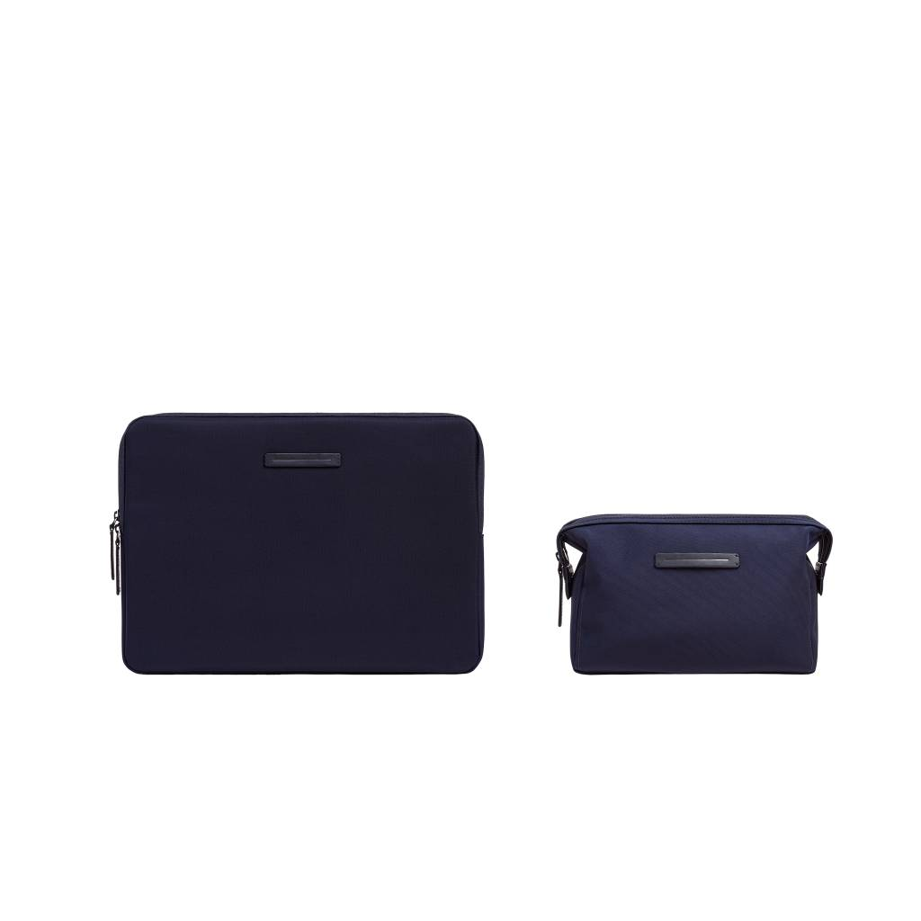 "HORIZN STUDIOS Kōenji Laptop Case 13"" & Washbag (Night Blue)"