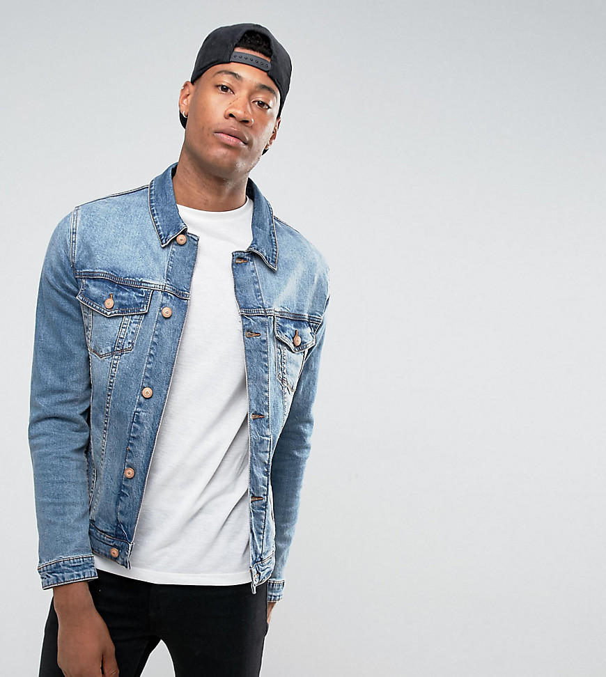 ASOS DESIGN Tall - Enge Jeansjacke in mittlerer Waschung - Blau