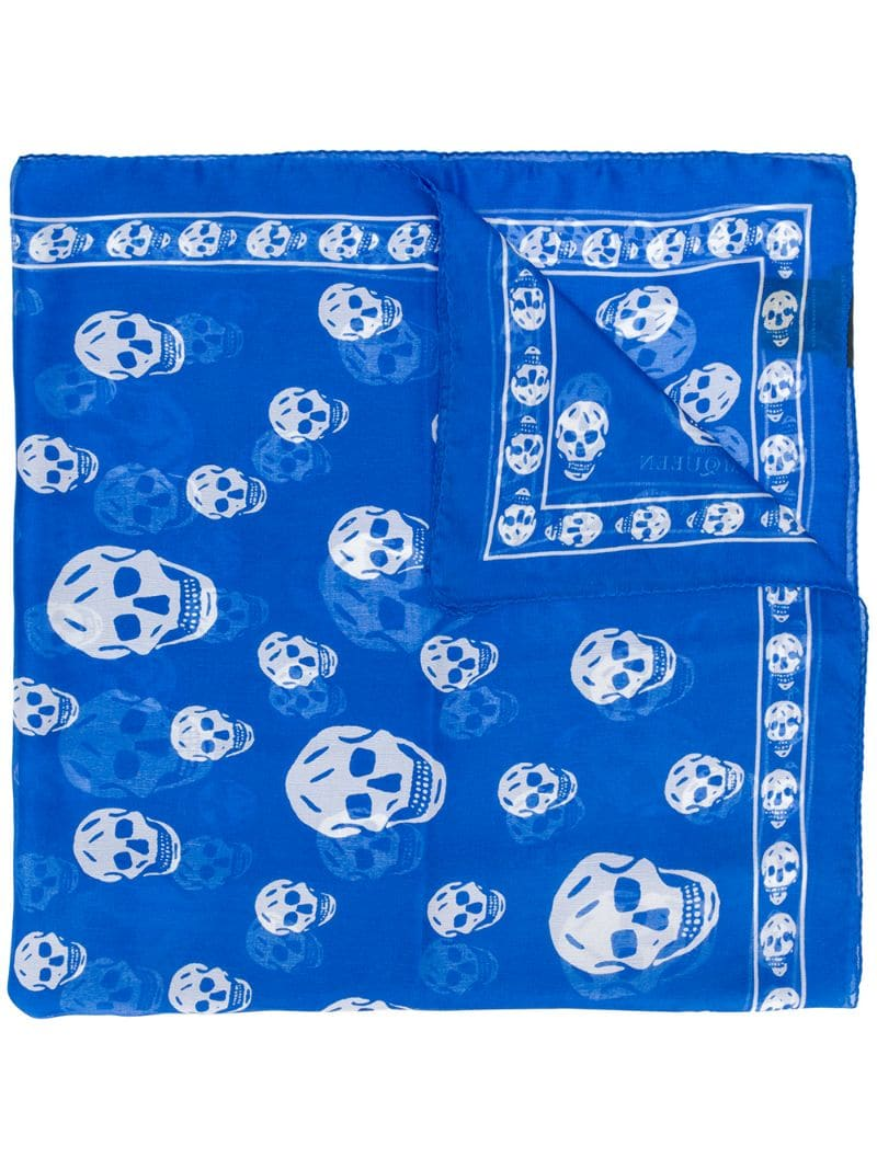 Alexander McQueen Seidenschal mit Totenkopf-Print - Blau