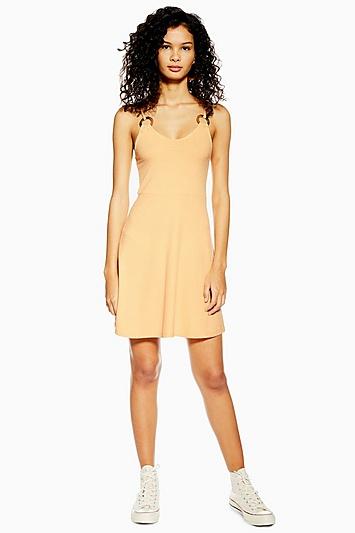 Ausgestelltes Kleid mit Hornring - Soft Apricot