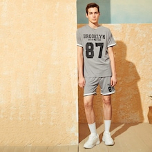 Men Slogan and Number Print Top and Shorts Set