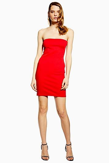 **Tell It To My Heart Boydcon-Kleid von WYLDR - Rot