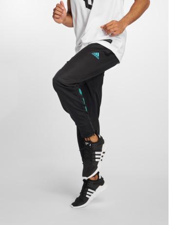 adidas Performance Männer Jogger Pants ACT 2 in schwarz