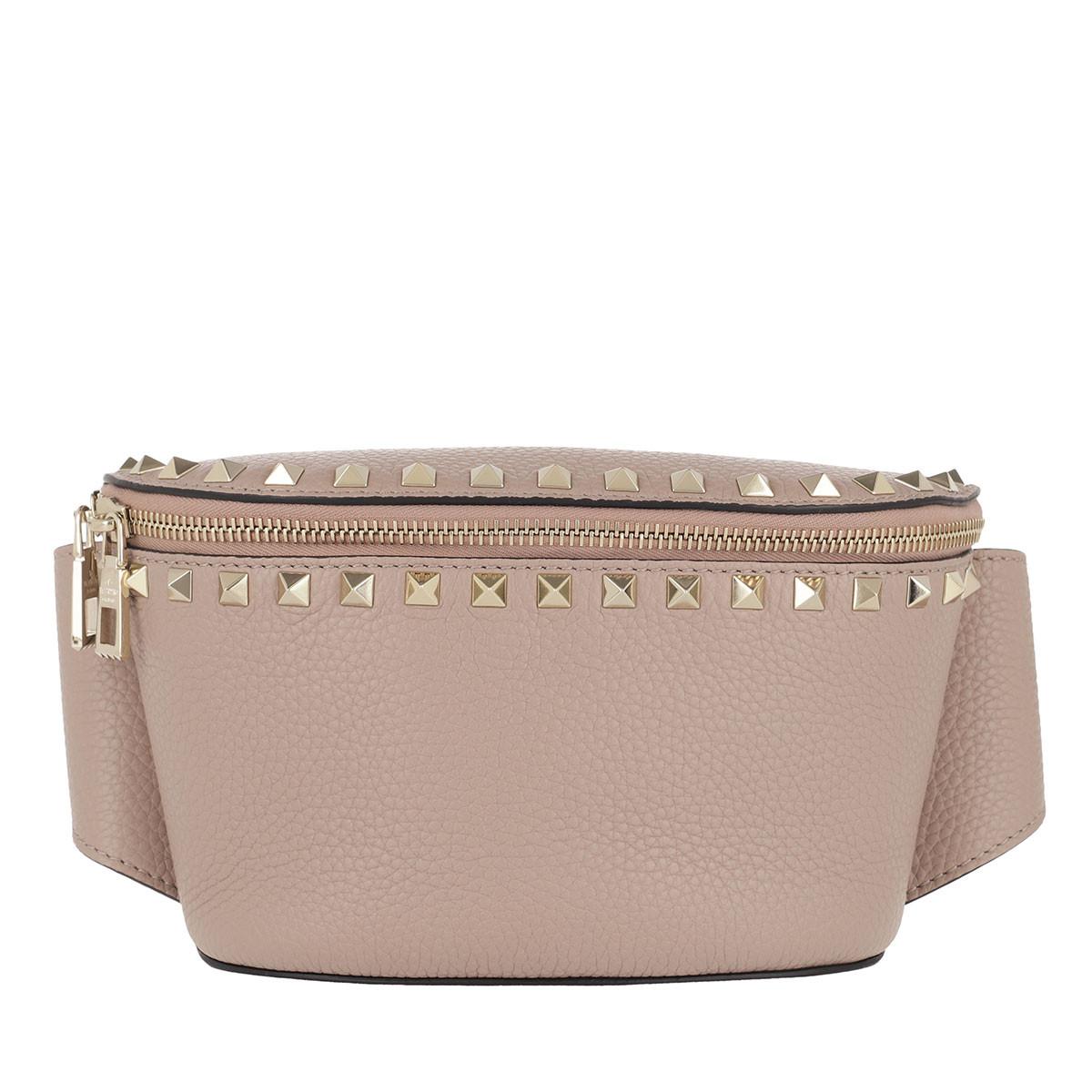 Valentino Gürteltasche - Rockstud Belt Bag Calf Leather Poudre - in beige - für Damen