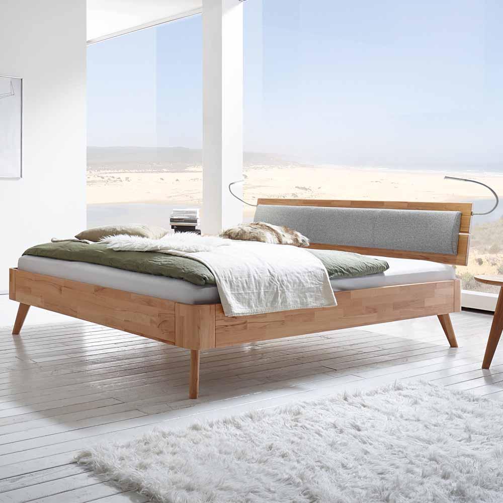 Bett aus Kernbuche Massivholz Polsterkopfteil Grau