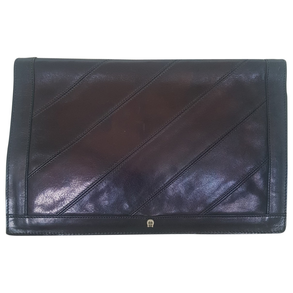 Aigner N Black Leather Clutch bag for Women N