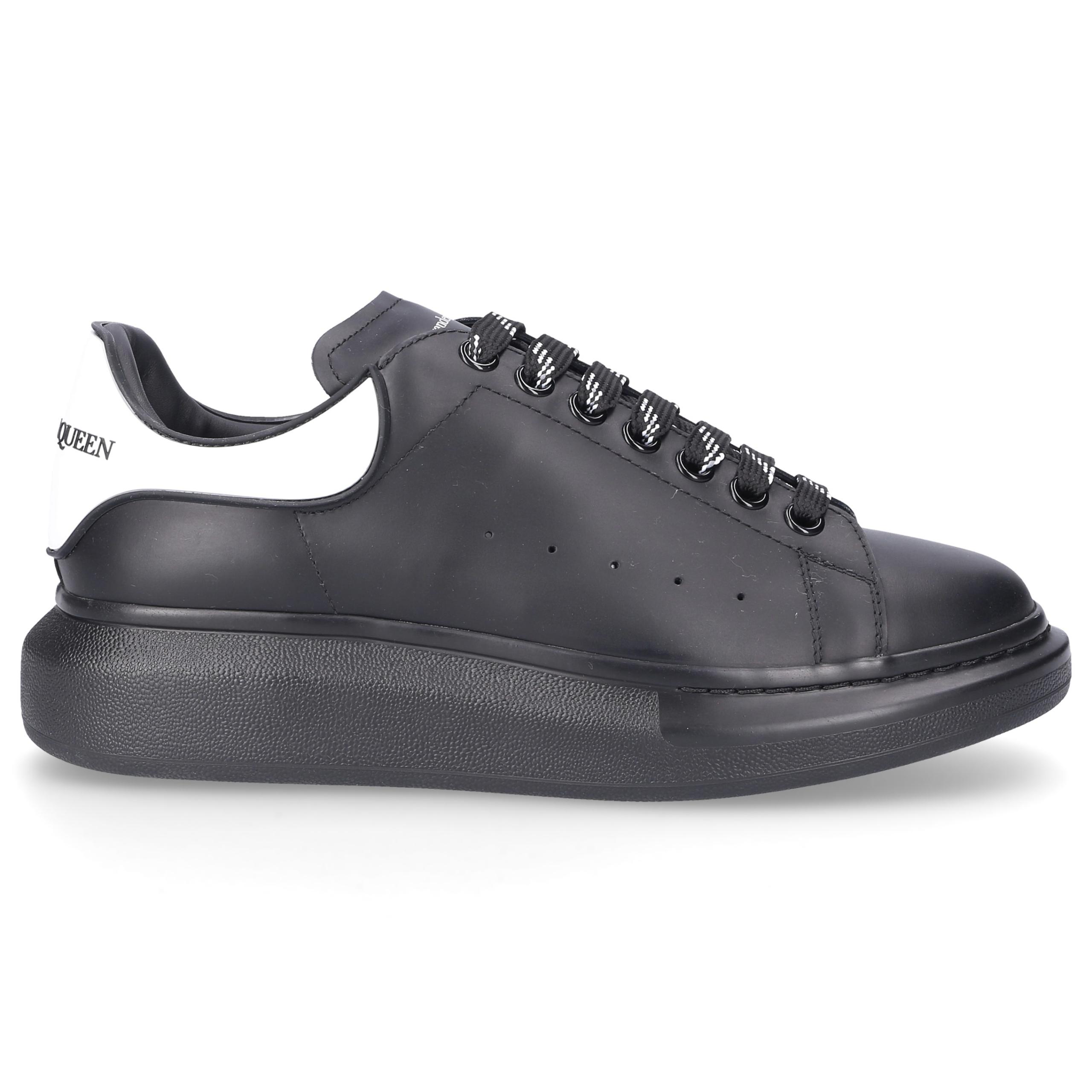 Sneaker low LARRY Kalbsleder Gummi Logo schwarz-kombi