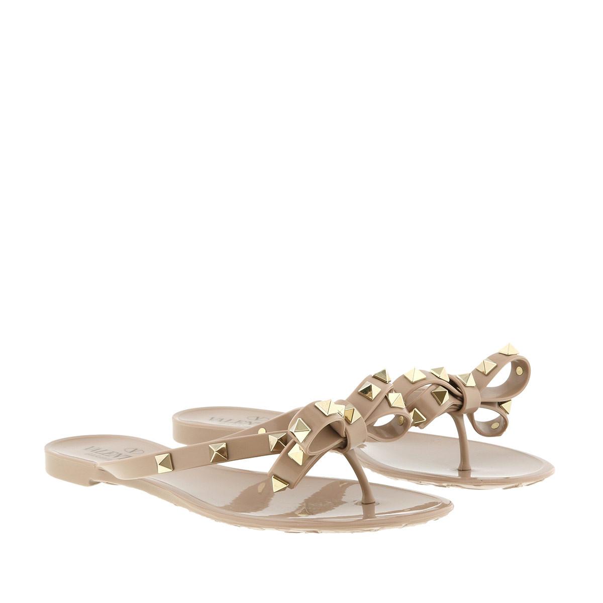 Valentino Schuhe - Rockstud Flip Flops Poudre - in rosa - für Damen