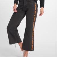 The Ragged Priest Frauen High Waist Jeans Melody Printed in schwarz