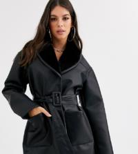 ASOS DESIGN Tall - Hochwertige schwarze Wickeljacke in Leder-Optik