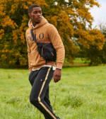Polo Ralph Lauren x ASOS - Exclusive Collab - Jogginghose in Schwarz mit goldenen Seitenstreifen und Logo