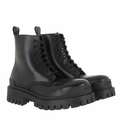 Balenciaga Boots & Stiefeletten - Strike Bootie - in schwarz - für Damen