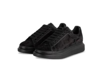 alexander-mcqueen-sneaker-männer-schwarz