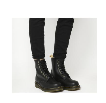 springerstiefel-outfit