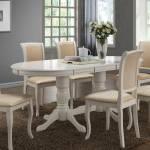 Ovaler Esstisch in Weiß Landhausstil