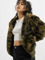 Urban Classics Frauen Übergangsjacke Camo Teddy in camouflage